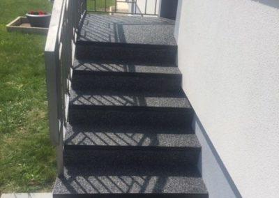 résines de sols extérieurs escalier